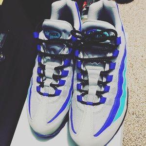 Nike air max 98 size 9.5 Asking $120